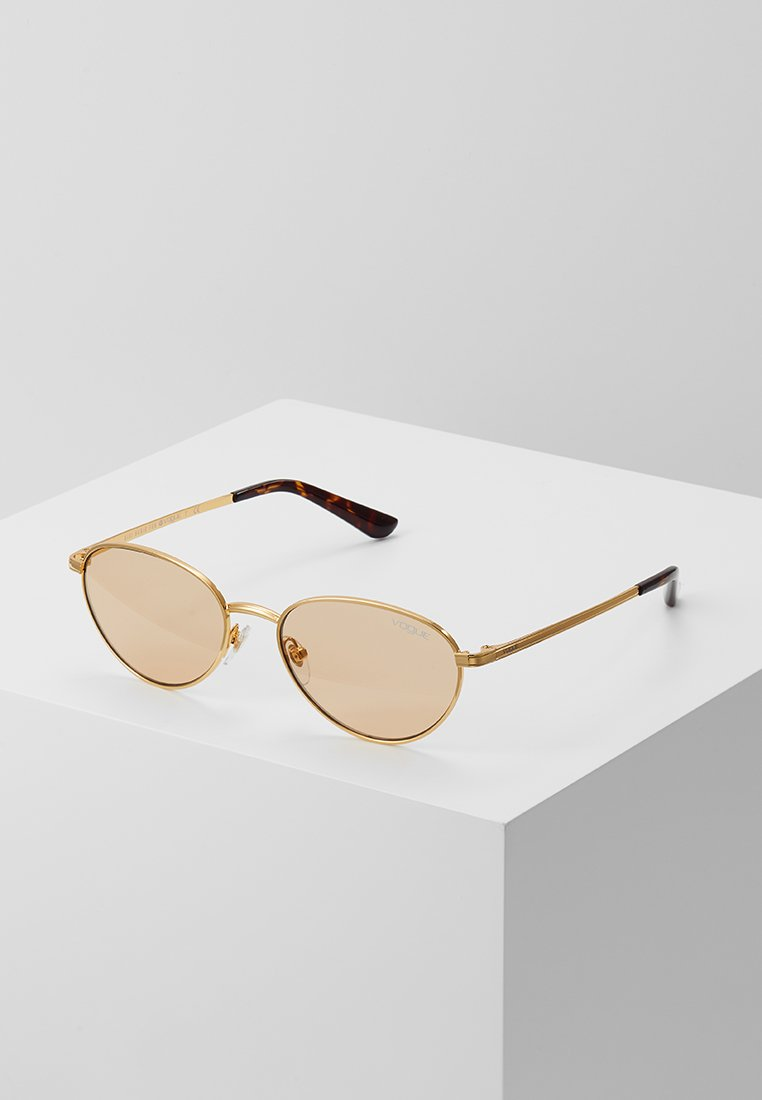 VOGUE Eyewear - GIGI HADID - Solbriller - gold-coloured