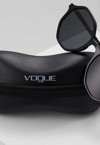 VOGUE Eyewear - Solbriller - black - 3