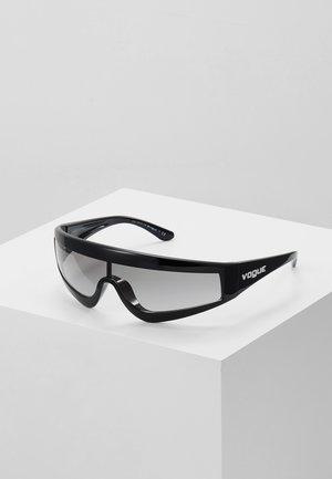 GIGI HADID ZOOM-IN - Sunglasses - black