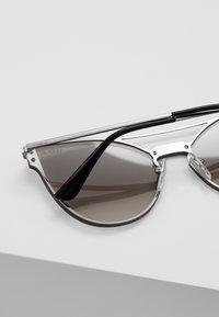 VOGUE Eyewear - Sluneční brýle - gunmetal - 4