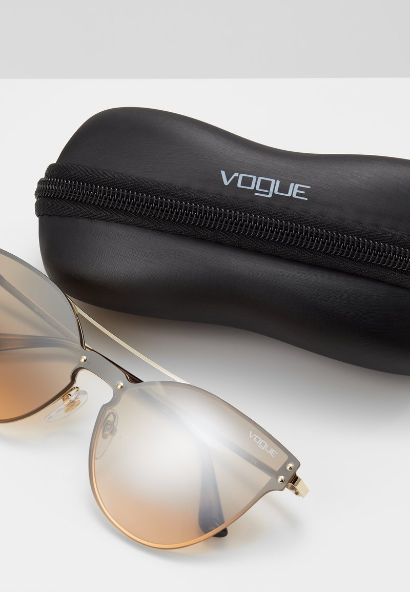 VOGUE Eyewear - Lunettes de soleil - pale gold-coloured