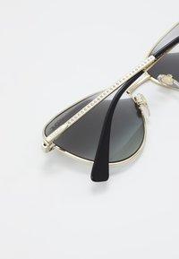 VOGUE Eyewear - Sluneční brýle - gold/grey - 4