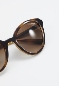 VOGUE Eyewear - Sonnenbrille - brown - 4