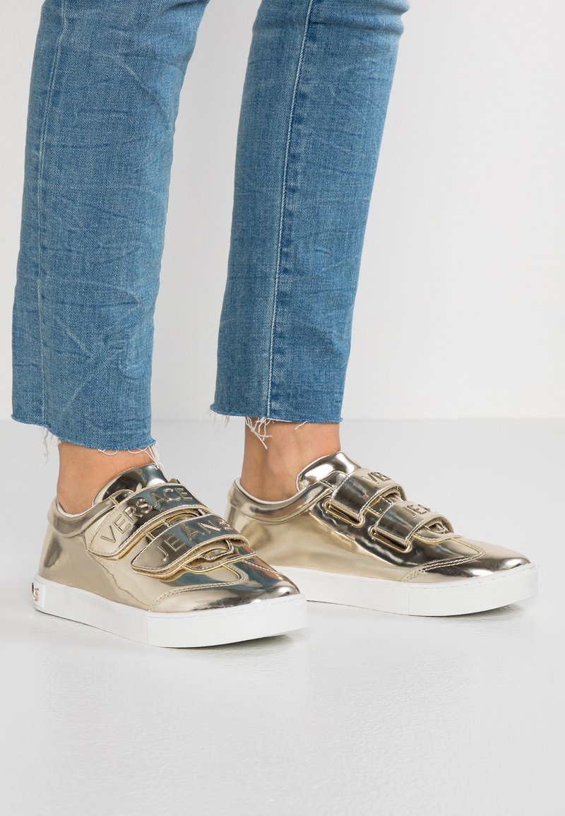 Versace Jeans - Baskets basses - oro