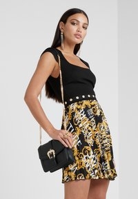Versace Jeans Couture - Day dress - nero - 1