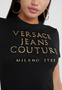 Versace Jeans Couture - T-shirt con stampa - nero - 5