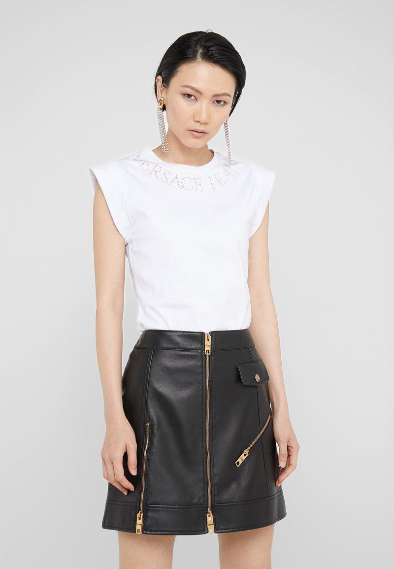 Versace Jeans Couture - T-shirts print - bianco ottico