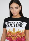 Versace Jeans Couture - T-shirts print - pink