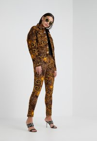 Versace Jeans Couture - Giacca leggera - gold - 1