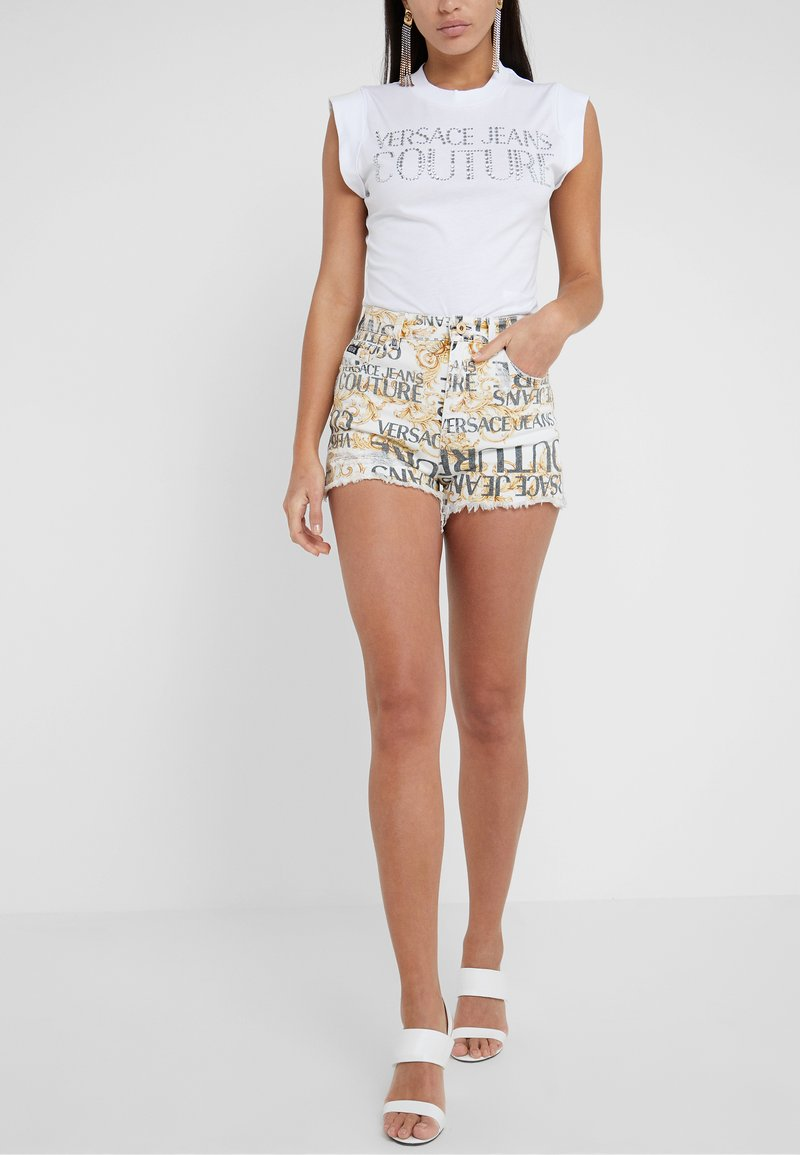 Versace Jeans Couture - Shorts - white