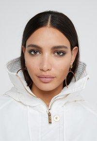 Versace Jeans Couture - Veste d'hiver - bianco ottico - 5