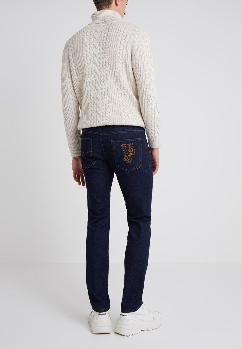 Versace Jeans - Jeansy Slim Fit - dark blue denim
