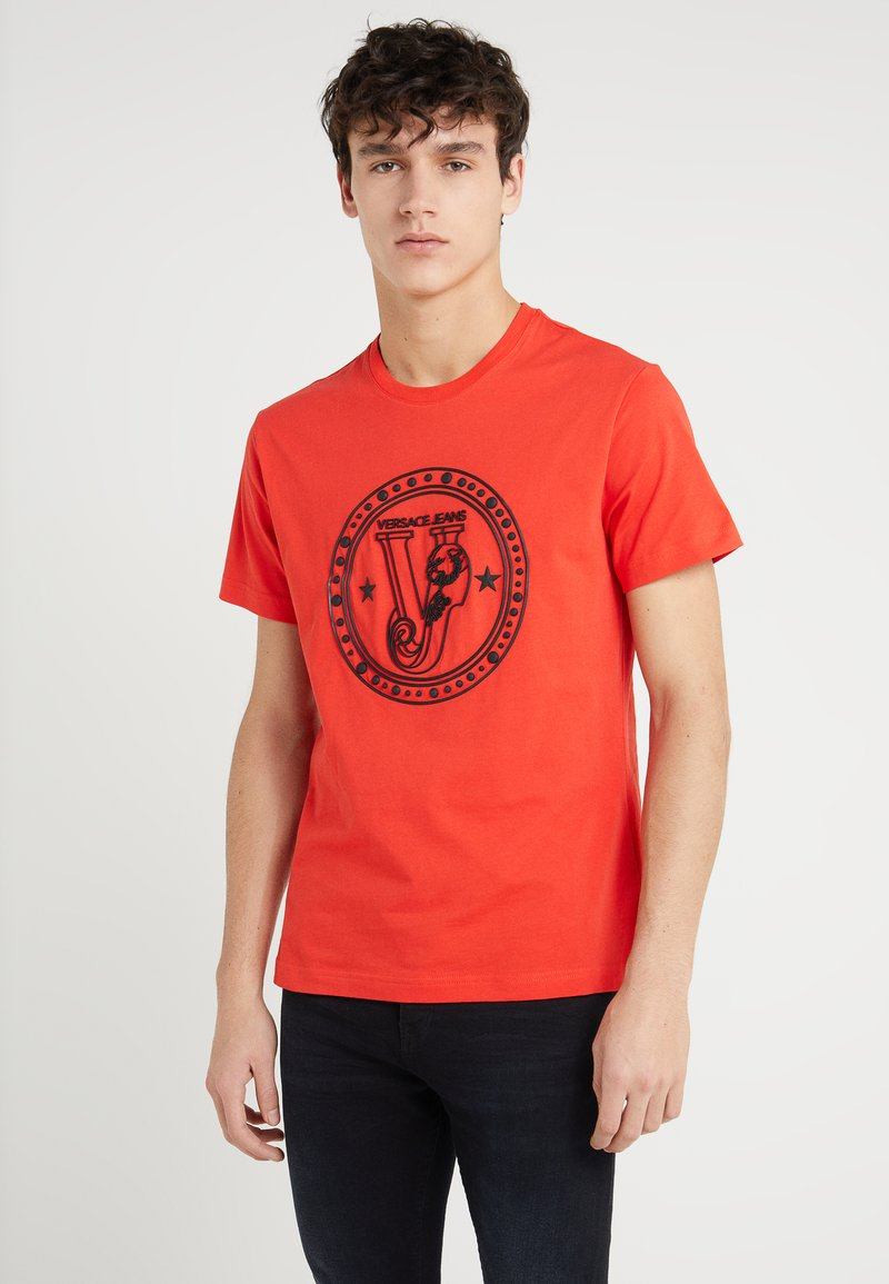 Versace Jeans - Printtipaita - red