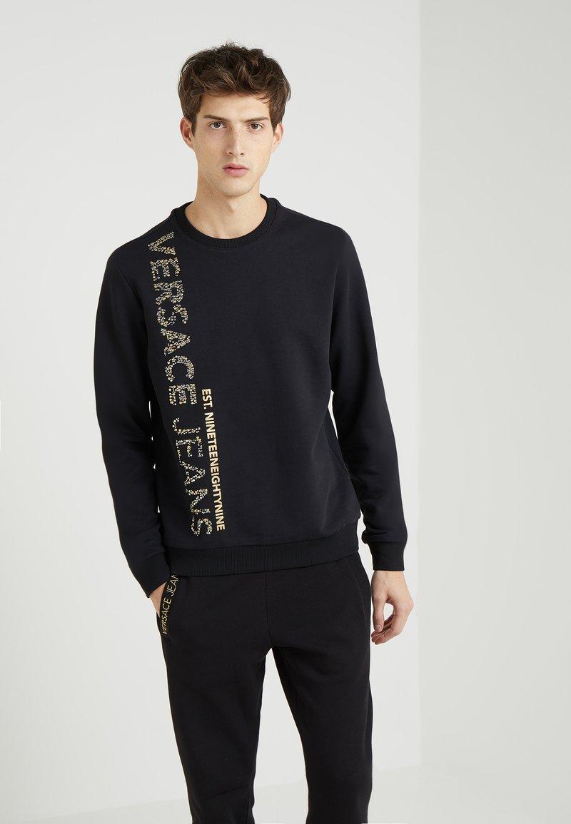 Versace Jeans - TUM STUDS - Sweatshirt - black