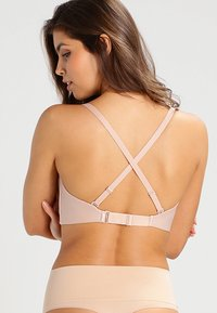 Wonderbra - PERFECT DEEP PLUNGE - Strapless BH - skin - 3