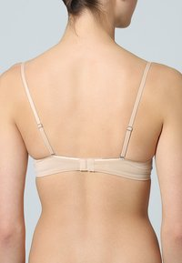 Wonderbra - MULTIPLUNGE EVERYDAY - Strapless BH - hautfarben - 1