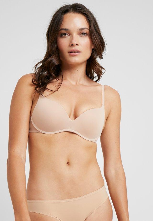 BÜGELLOS - T-shirt bra - skin