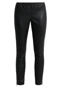 Ibana - HEARTY - Pantalón de cuero - black - 0