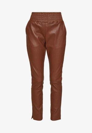 COLETTE - Kožené kalhoty - brown