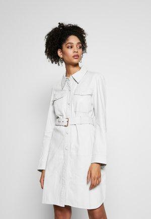 ZOLA - Denní šaty - white