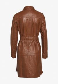 Ibana - ZOLA - Shirt dress - camel