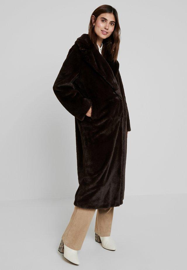 CLAIRE - Winter coat - brown