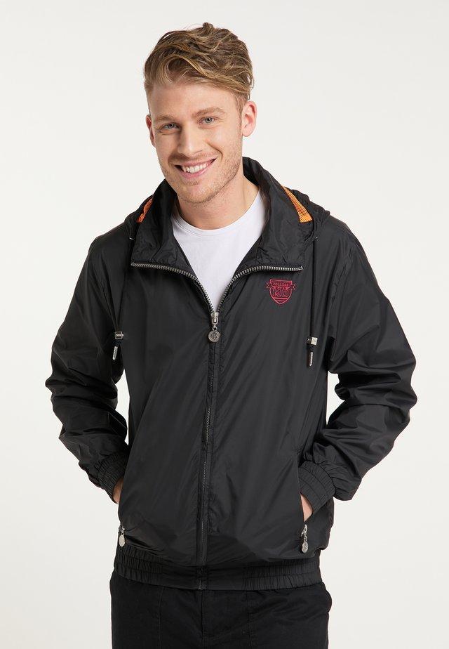 WINDBREAKER - Leichte Jacke - schwarz