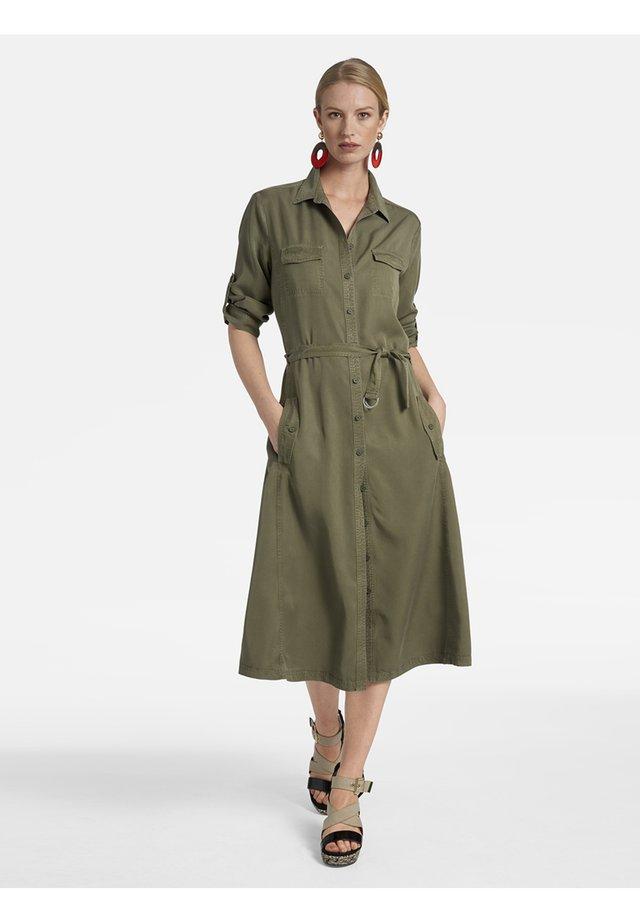 BINDEGÜRTEL - Shirt dress - oliv