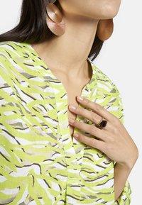 Basler - Blouse - light green/light grey - 4