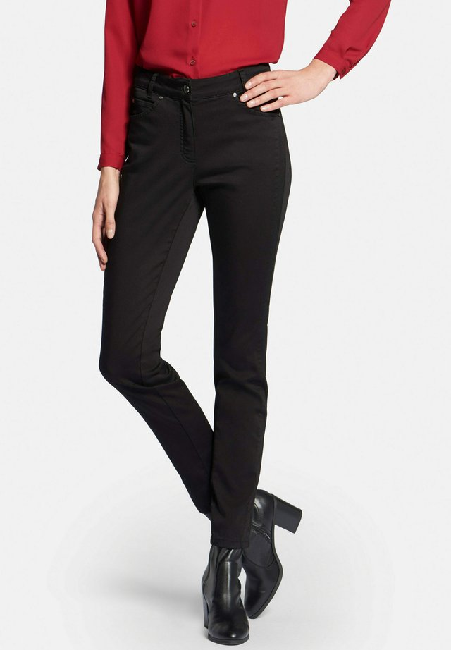 JULIENNE  - Slim fit jeans - black