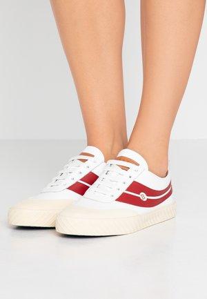 SHENNON - Sneakersy niskie - white