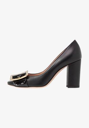 JACKIE - Zapatos altos - black