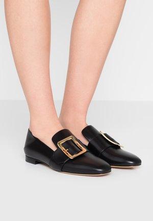 JANELLE  - Nazouvací boty - black
