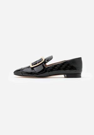 JANELLE - Scarpe senza lacci - black