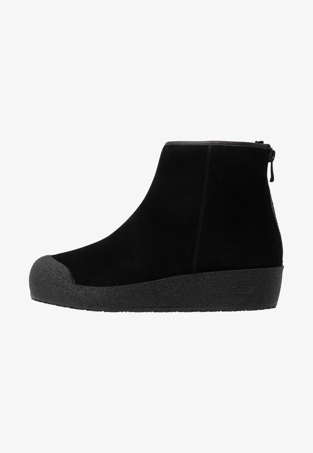 GUARD II - Winter boots - black