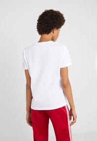 Bally - T-shirt med print - white - 2