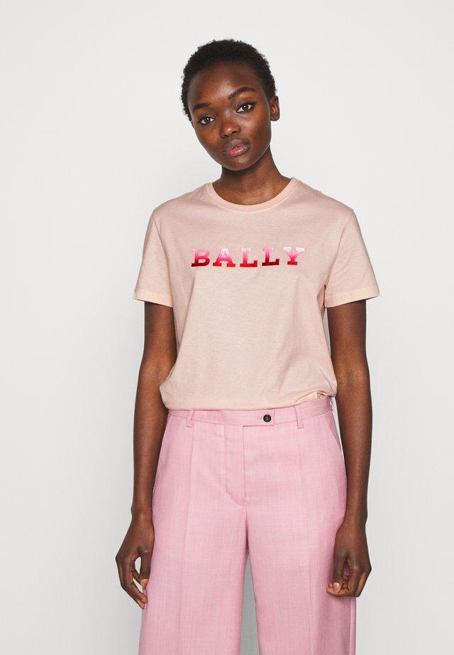 BALLY - T-shirts print - litchi