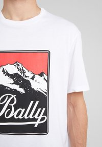 Bally - T-Shirt print - white - 5