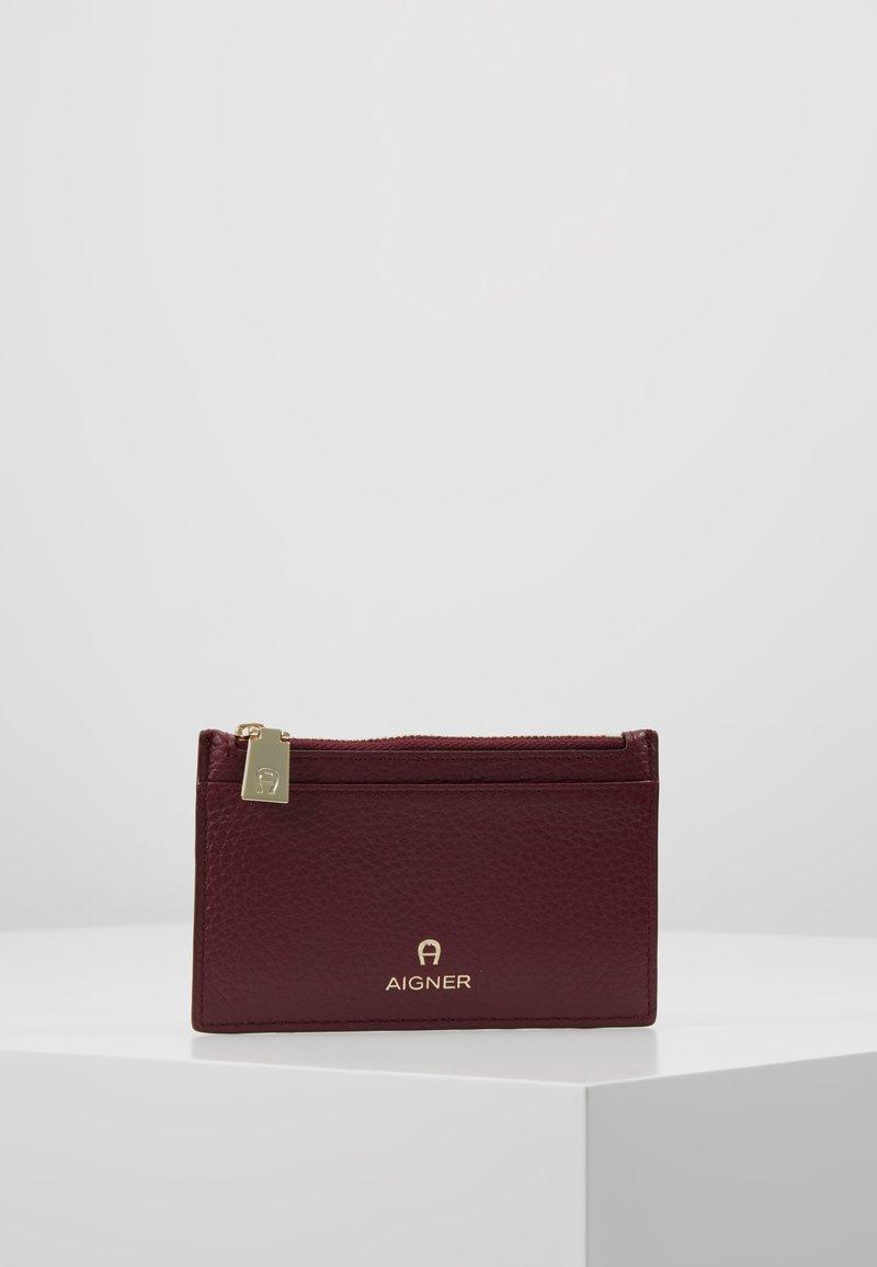 Aigner - IVY CARD CASE - Portfel - burgundy