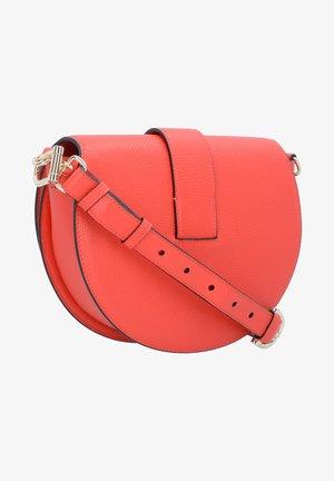 KIRA - Across body bag - signal red