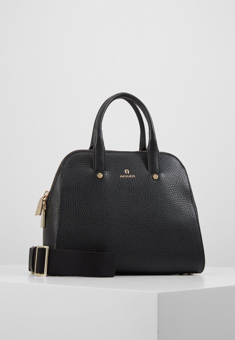 Aigner - IVY S MINI BAG - Kabelka - black