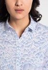 Eterna - MODERN CLASSIC - Button-down blouse - light blue/white