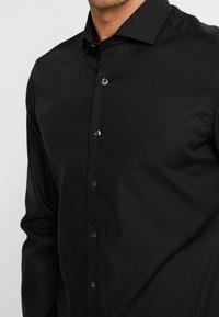 Eterna - SLIM FIT - Camicia elegante - black - 6