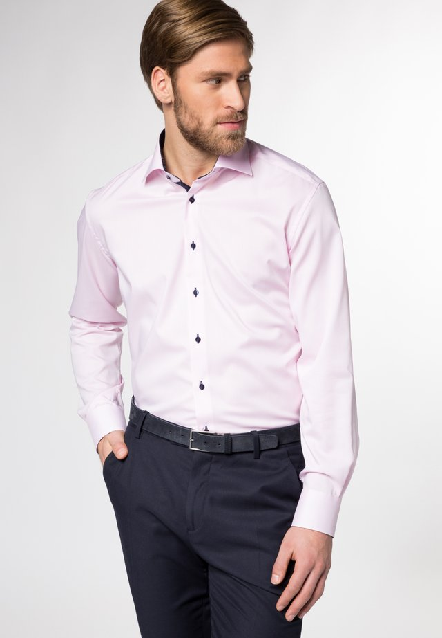 FITTED WAIST - Overhemd - rose
