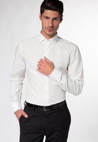 Eterna - SLIM FIT  - Hemd - champagne - 0