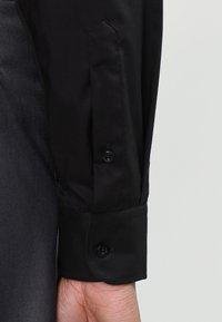 Eterna - SLIM FIT - Formální košile - schwarz - 3