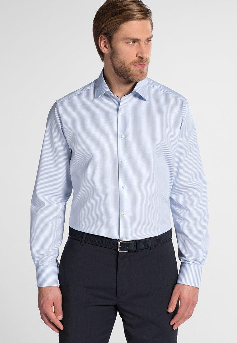 Eterna - FITTED WAIST - Hemd - light  blue