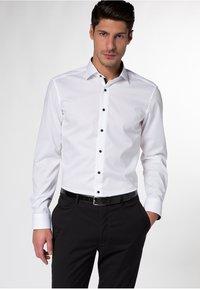 Eterna - SLIM FIT - Skjorter - white - 0