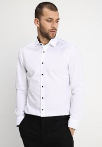 Eterna - SLIM FIT MODERN KENT KRAGEN  - Formal shirt - white - 0