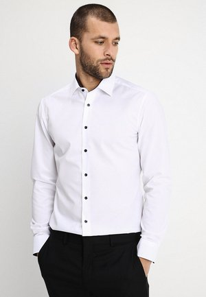 SLIM FIT MODERN KENT KRAGEN  - Business skjorter - white
